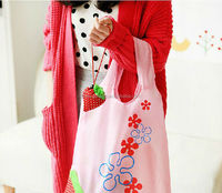 wholesale 210D nylon strawberry shaped folding bag
