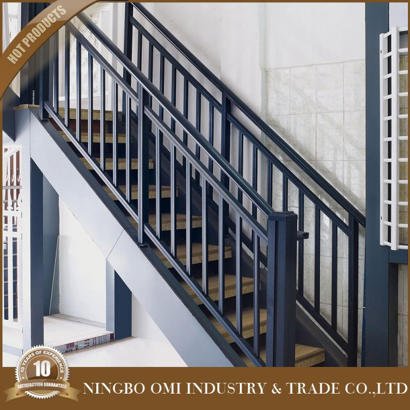 China supplier Modern main stair railing bracket designs/steel pipe gate design/wrought iron stair railing bracket