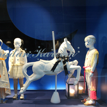 Life Size White Horse Sculpture for The Shopping Mall Decoration