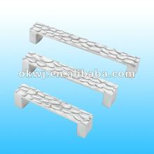 zinc cabinet door handle,zamak kitchen hardware,alloy furniture pull handle
