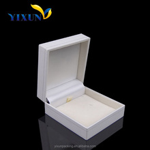 most popular products on the market luxury cardboard gift box christmas clothes gifts box