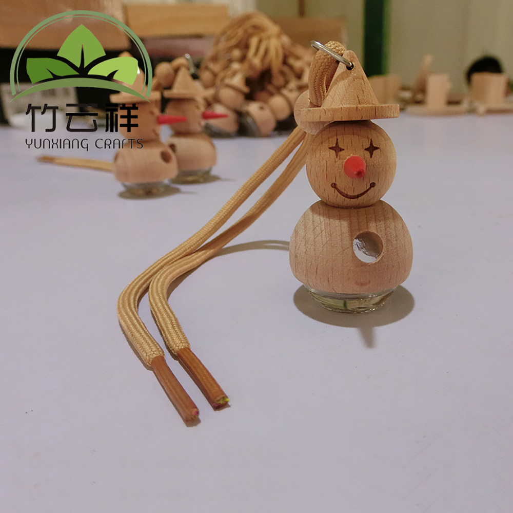 Empty Cartoon Packing Perfume Bottle Wooden Car Hanging Perfume Bottle