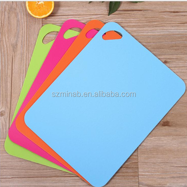 Eco Friendly Kitchen Accessories Food Grade PP Plastic Flexible Chopping Blocks Vegetable Gadgets Cutting Board Wholesale