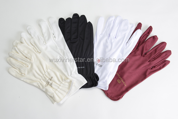 hotsale eco-friendly,soft touch and safe used microfiber jewellery cleaning gloves