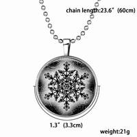 HOT Punk Fashion Modeling Jewelry Party Gift Imported Christmas Ornaments Disc Glass Glow In Dark Snowflake Necklace For Women