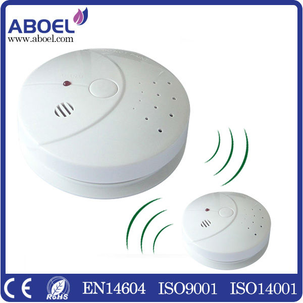 Radio Frequency Interconnected Wireless Smoke Alarm Detector