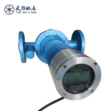 Digital/mechanical marine diesel engine fuel flow meter