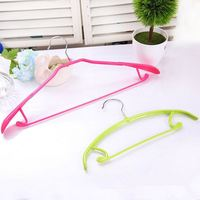 Hottest wholesale hot sale retractable clothes hanger singapore