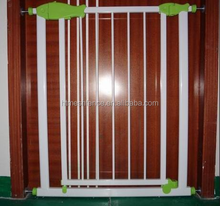 Natural certificated children home metal baby safety gate/baby door gate barriers