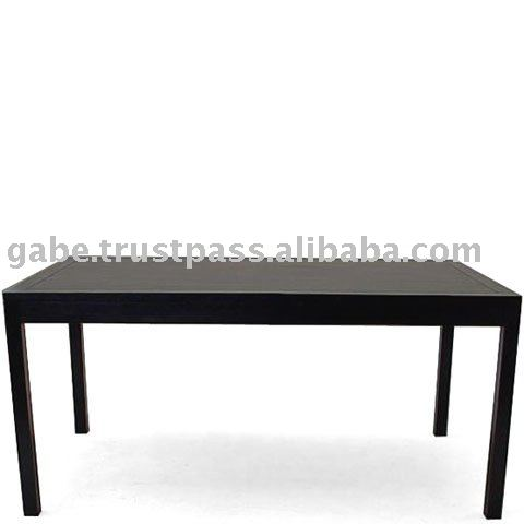 ROSAS DINING TABLE