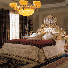 OE-FASHION French Rococo Design Gold Leaf Carving King Size Bed/ European Classic Royal Luxury Golden Wooden Bedroom