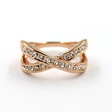 Wholesale Unique Diamond Rose Gold Ring , Womens Jewellerys Cubic Zirconia Engagement Wedding Rings