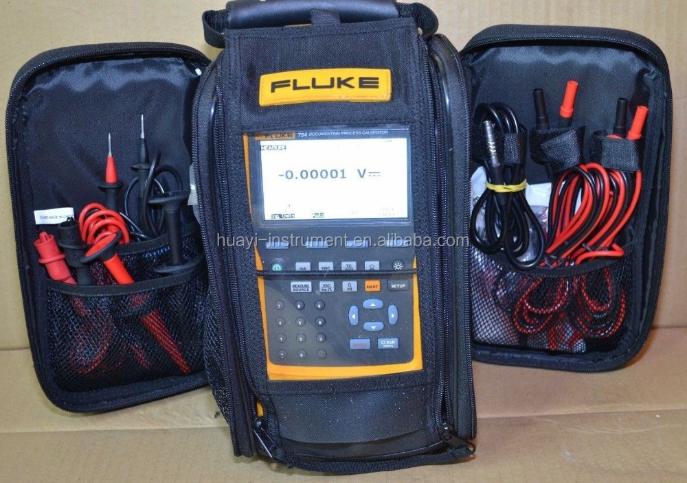 Hand held Fluke 754 power multifunction documenting calibrator with Rechargeable Li-Ion battery and HART interface