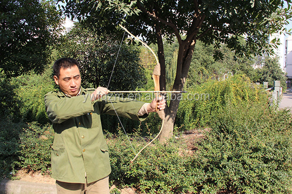 china cheap professional wooden kids hunting bow and arrow