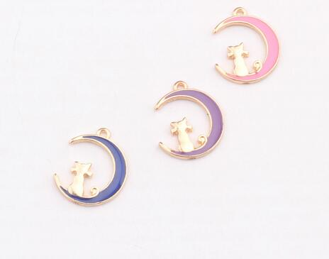 1 PC 17*14mm drops of oil lovely moon cat Floating Charms lovely lucky animal cat pendant charms DIY Bracelet jewelry