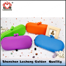 2017 new trendy products summer promotional gift candy color large capacity silicone wallet mobile phone bag