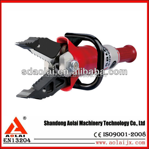 Hydraulic Combi Tool for damaged car