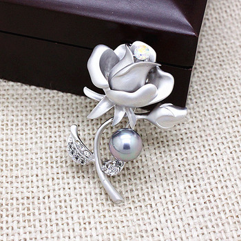 Rhinestone Matte Gold /Silver Brooches Garment Accessories Women Jewelry Exquisite Crystal Pearl Flower Rose Brooch