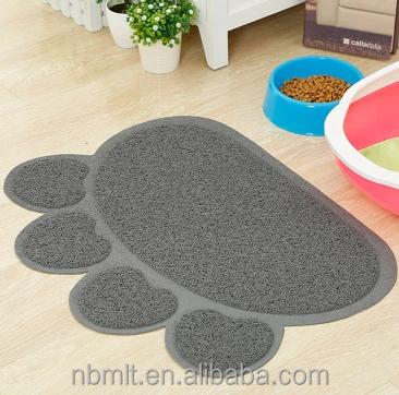 Small quantities acceptable cute litter trapper mat pvc eco friendly paw shaped pet mat for small pets