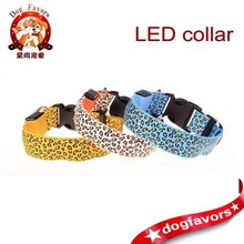 New listing Leopard explosion models selling pet collars electronic fluorescent zebra pet collar LED collar section