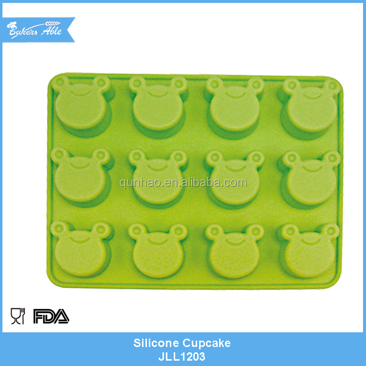 High Quality lovely animal shape silicone cupcake mould