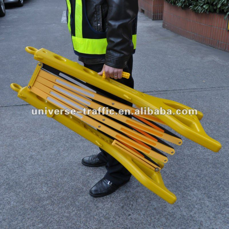 Traffic Plastic Retractable Wind Barrier