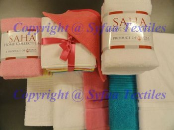 100% Cotton Home Collection Towels