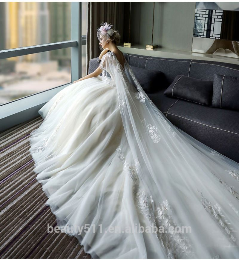 A-line Bateau Neckline Spaghetti Straps Sleeveless Low Back Floor-length Lace Tulle bridal gown wedding dresses TS06