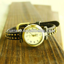 Single Leather Wrapped Small Round Rivet Simple Ladies Watch