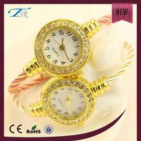 fashion diamond luxury watches ladies gold yellow gold watches pearl bracelet watches quality quartz watches