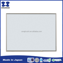 Standard installed horizontally flexible medium size office whiteboard