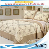 China supplier quilted patchwork bedding set/queen satin embroidery bedspread