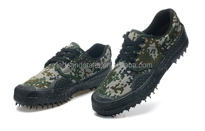 Wholesale high quality camouflage Shoes outdoor Labor insurance army Military training Shoes men