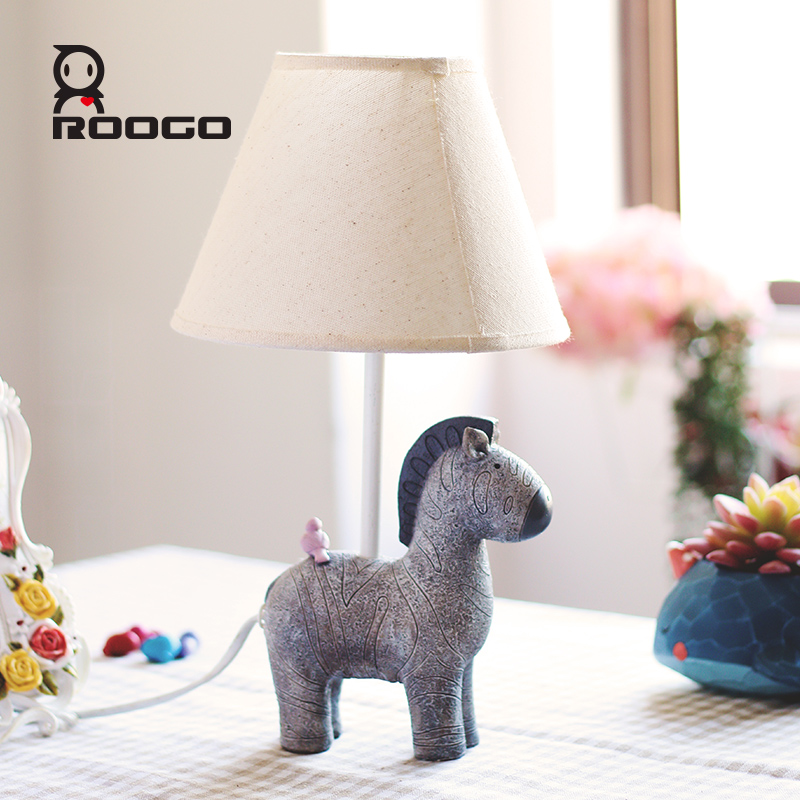 ROOGO 2017 new design bed lamp resin animal zebra table lamp for asle