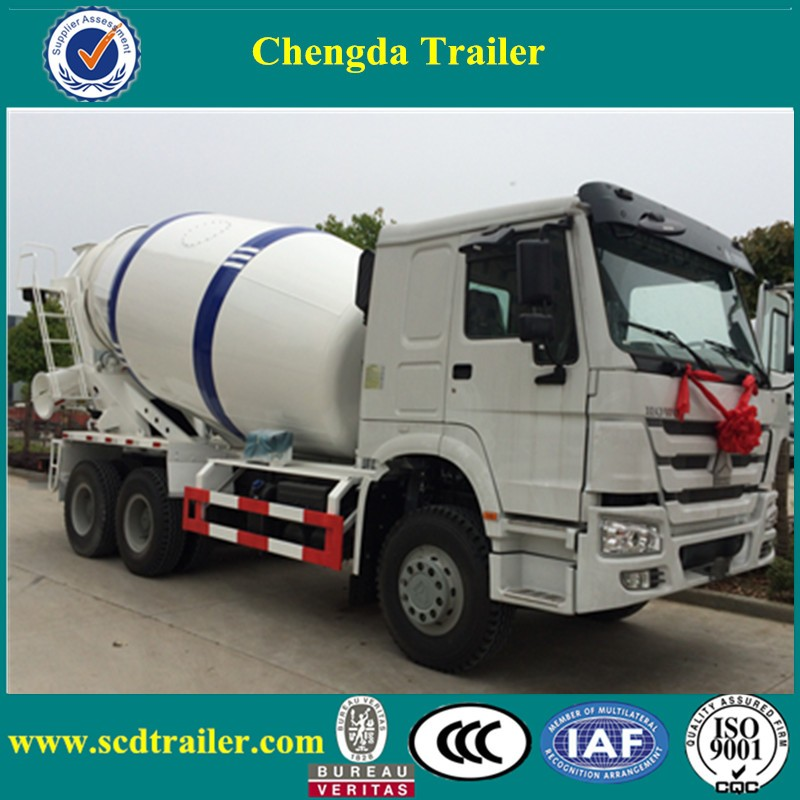 sinotruk HOWO heavy 6x4 8m3 300hp feed mixer transport truck with high roof for sale