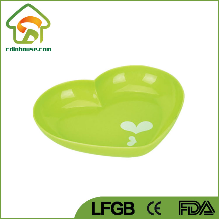Eco-friendly Heart Shaped Plastic Dish