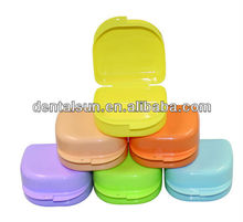 Hot Sale! Colorful Denture orthodontic retainer box DMB02