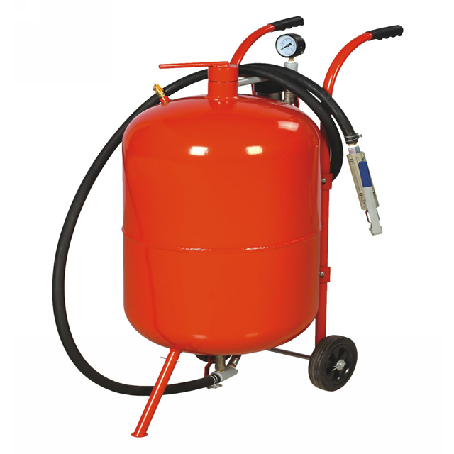 CE Approval 10 Gallon Portable Sand Blasting Machine Good price