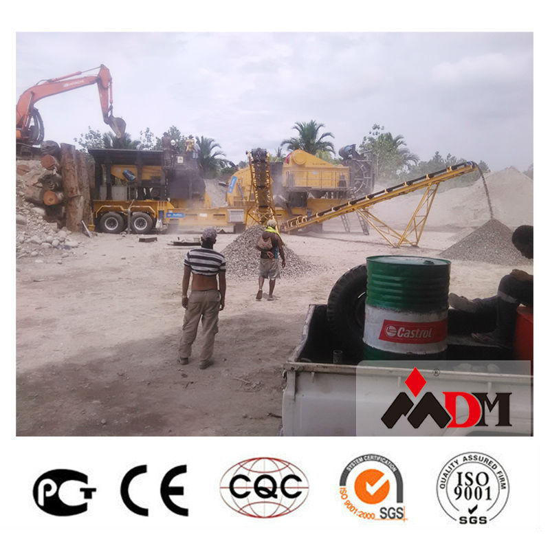 Patented trailer mobile stone crusher shanghai,Dongmeng brand 2017 Stone crusher equipment