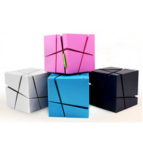 Wholesale NEW Magic Cube Square LED Colorful Portable Wireless Stereo Mini Bluetooth Q one speaker