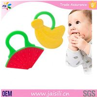 china supplier non-toxic OEM packing natural rubber baby teether toys