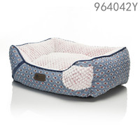 high quality luxury fashion ODM design lucky dog pet bed for middle dogs