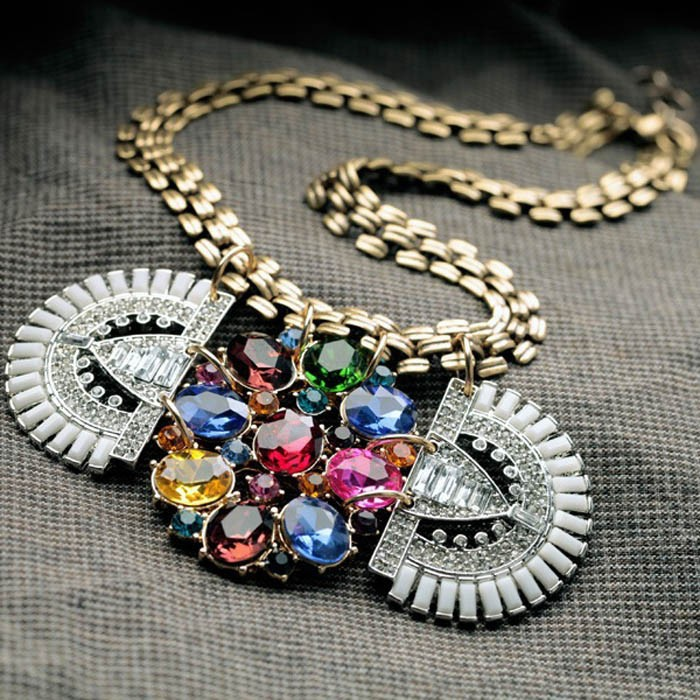 Hot Sale Alloy Elegant Flower Pendant Necklace Custom Jewellery