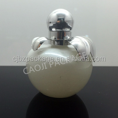 Apple shape perfume bottle 25ml with white color