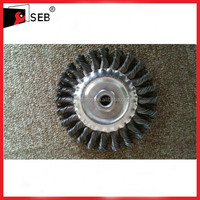 "5"" steel round wire brush with 5/8-11 Nut SEB-WB111122"