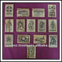 easter wooden gift/olive wood laser engraving magnet with different scenes