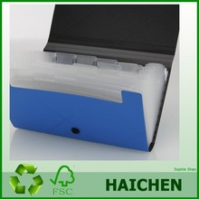 Expanding plastic pp folder with button closure