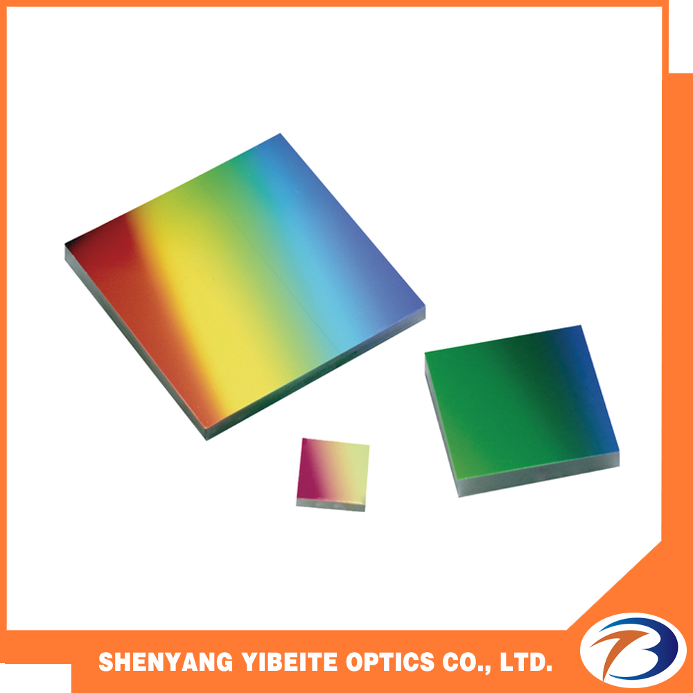 Customization ruled gratings with optical component