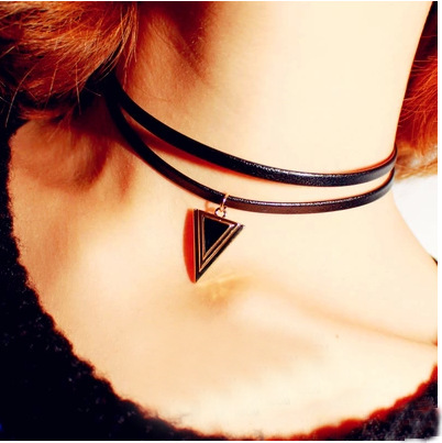 Women Fashion Simple Triangle Choker Necklace Collar Statement Necklace Pendant Women Jewelry Gift