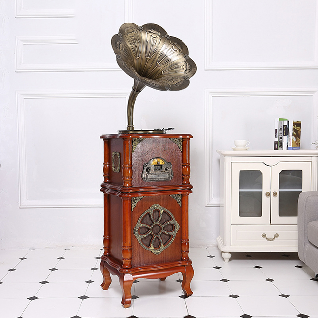 Nostalgia Gramophone Radio Player with record Quality Choice